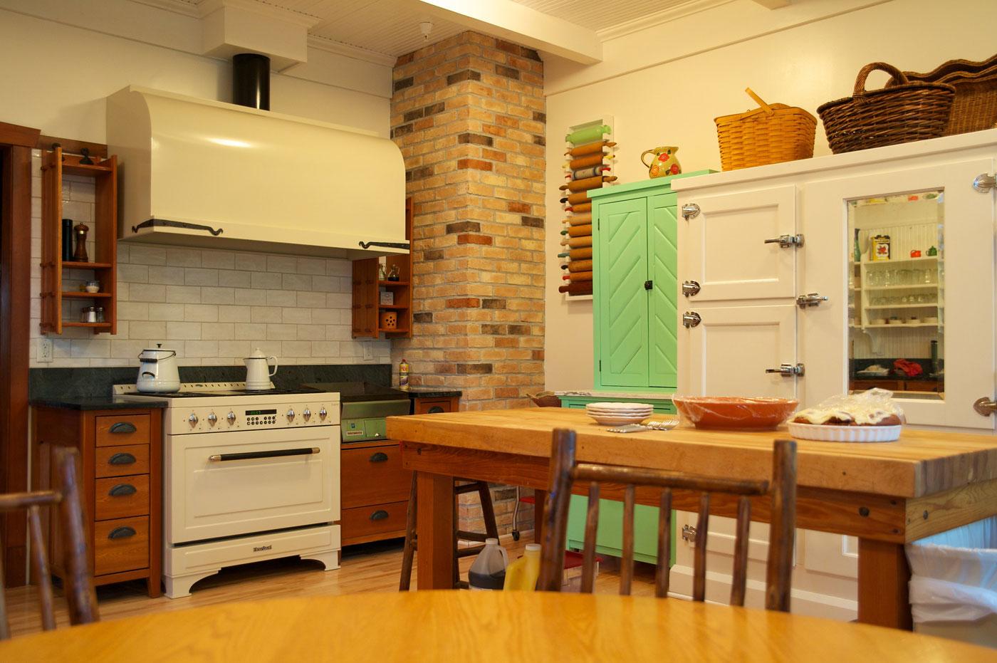 Reformar su vieja cocina maneras creativas Cocinas antiguas